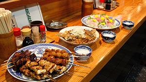 刺し盛、カレイの野菜あんかけ、焼き鳥各種がイチオシ