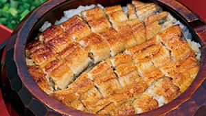 個室でうなぎの贅沢時間[Eel cuisine served in a luxurious setting]