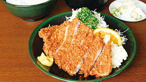 蒲田で50年。みんなから愛されている食堂[A local favorite with a fifty-year history]