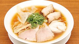 特注麺と、独特なスープがおいしさを生む一杯[An unusual broth makes this ramen shine]