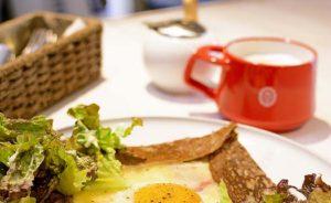【洗足池】ヨーロッパのカフェをイメージした店舗、世界各国のコーヒーが楽しめるお店