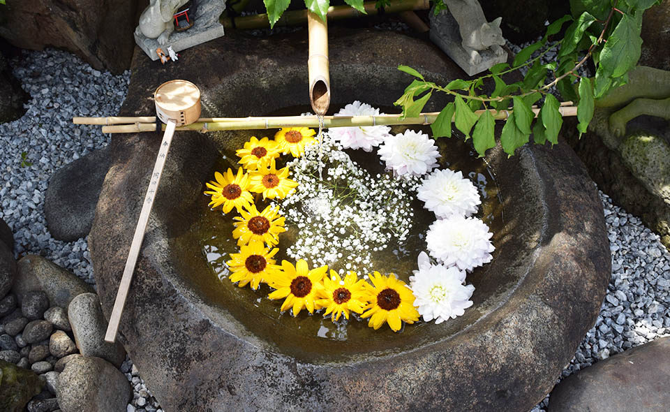 穴守稲荷神社に新スポット〜水琴窟の神秘的な音色