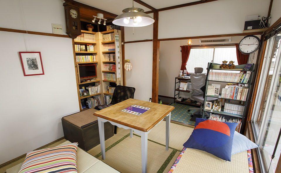 昭和レトロなアパートの1室を、居心地のいい時間貸しスペースに改装「HANPAはすぬま」/蓮沼駅